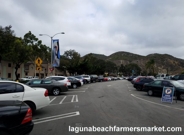 Laguna Beach Farmers Market free parking lot